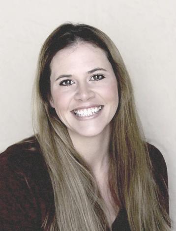Portrait of Heather Doucette.